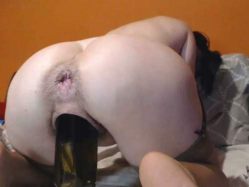 Dildo riding – Cute MILF Analvivian with hairy armpits self penetration bottle in her asshole