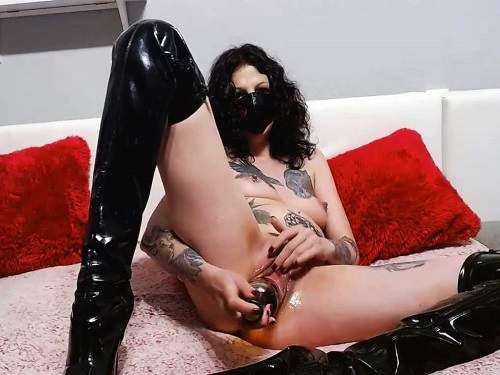 Slut_lucy bottle sex,Slut_lucy bottle penetration,big bottle porn,boots fetish,german xxx,tattooed girl sex