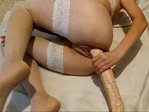 Dildo riding – Kinky skinny wife toystest test her new long rubber dildo