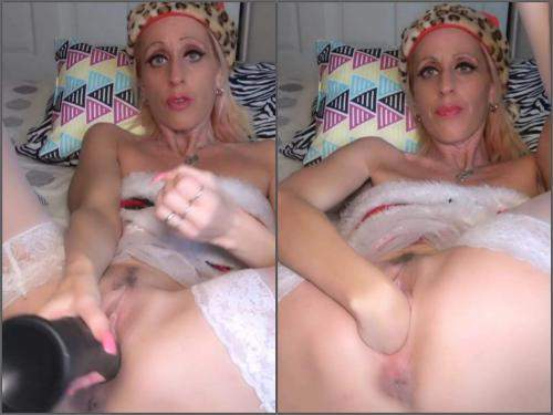 Lourdes Noir fisting,Lourdes Noir solo fisting,Lourdes Noir christmas porn,fisting video,self fisting,girl gets fisted,deep fisting vaginal,dildo sex,huge dildo penetration,giant dildo in pussy