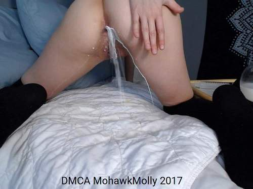 Close up – Cute camgirl milk enema porn webcam closeup