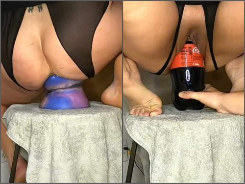Fatty girl – Big ass fatty wife rides on a shocking dragon dildo and coca cola bottle