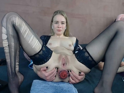 Huge dildo – Torn pantyhose and anal prolapse fetish with JanaBellaCam