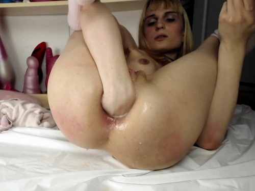 Anal fisting – Daisydeep anal-fisting myself – Premium user Request